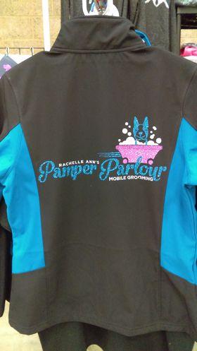 Pamper Parlour Logo